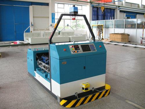 未来无人工厂:只有机器人还不够 还要AGV