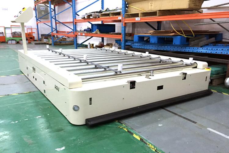 AGV小车正在改变未来制造业的就业形势
