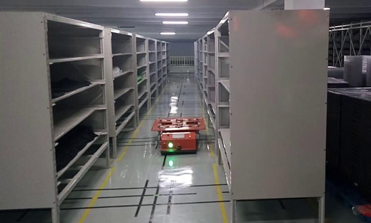 磁导航AGV小车_牵引式AGV小车原理参数
